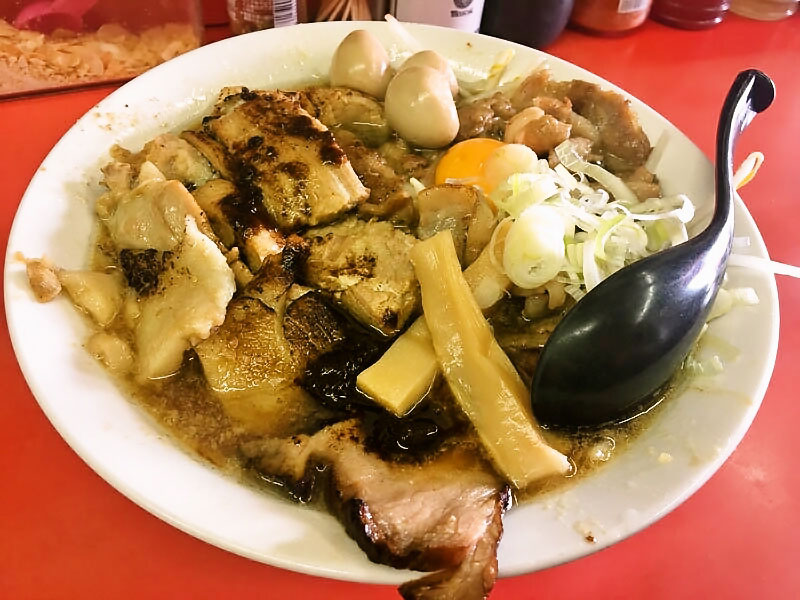 バカ愛肉スペシャル麺